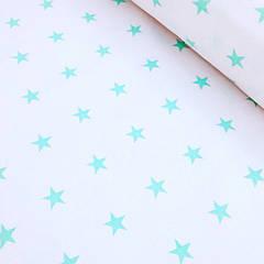 Лоскут  бязи с мятными звездами на белом №11