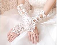 Перчатки, шубки, балеро, аксессуары и украшения для нарядных плаьев.