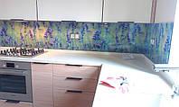 Кухонный фартук из стекла  с изображением цветов Лаванды на заказ.
