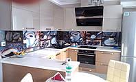 Кухонные стеклянные фартуки (скинали) с изображениями - изготовление, доставка и установка.