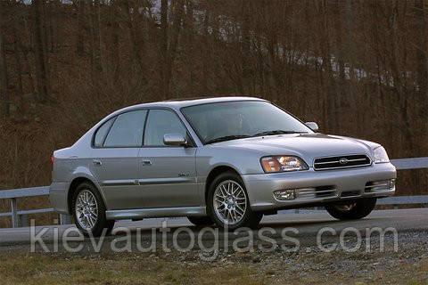 Лобовое стекло на Subaru Legacy 1998-03 г.в.