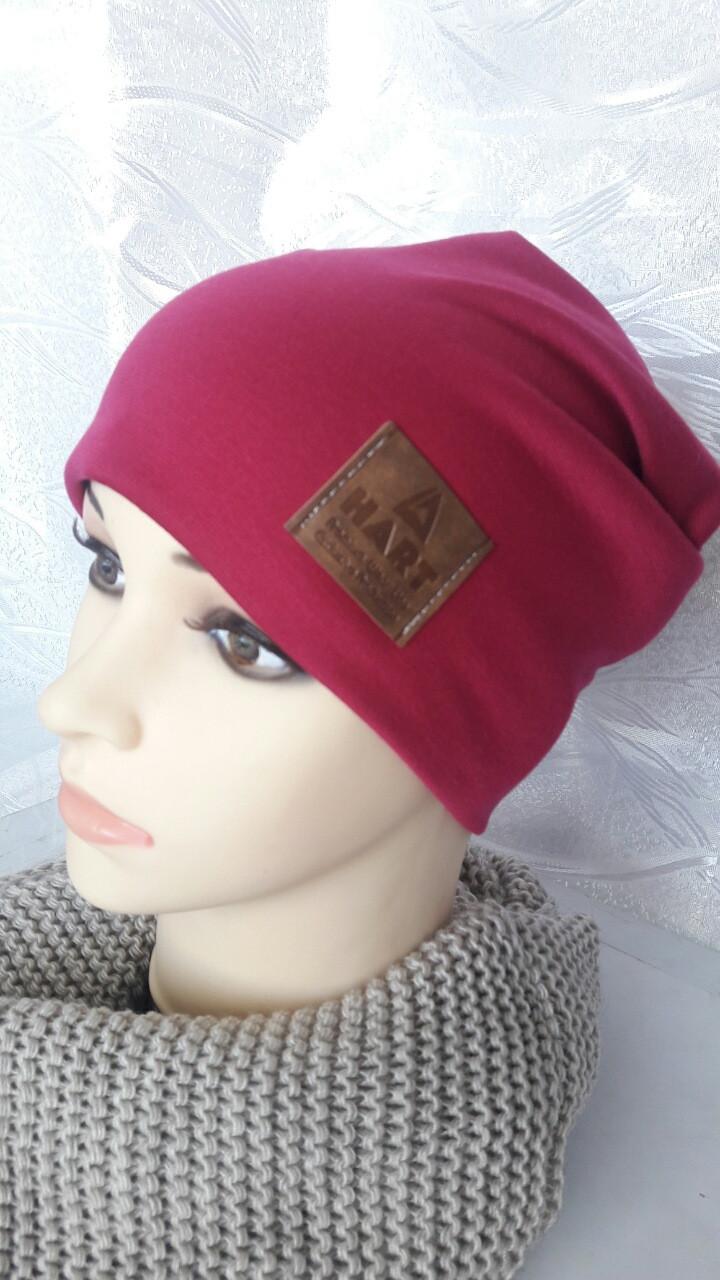 Трикотажная женская шапка на флисе