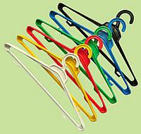 Плечики для верхней одежды  цветные