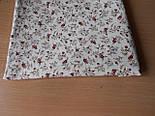 Лоскут ткани №309а с мелкими коричневыми цветочками на бежевом фоне, фото 2