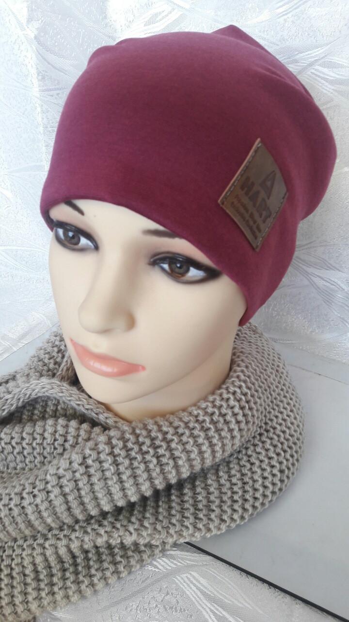 Молодежная зимняя женская шапка