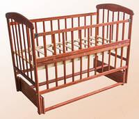 Кроватка Наталка на маятнике с откидным бортиком, темная, фото 1