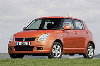 Лобовое стекло на Suzuki Swift 2005-10 г.в.