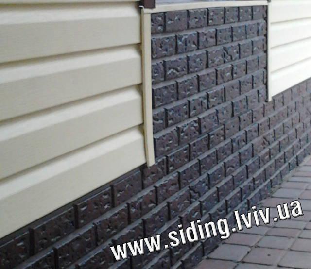 Цокольний сайдинг, фасадні панелі пластикові