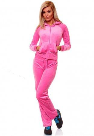 22815847 Какая модель нынче в тренде?Все модные новости от магазина женской и  мужской одежды Раффинато. Костюмы женские спортивные теплые