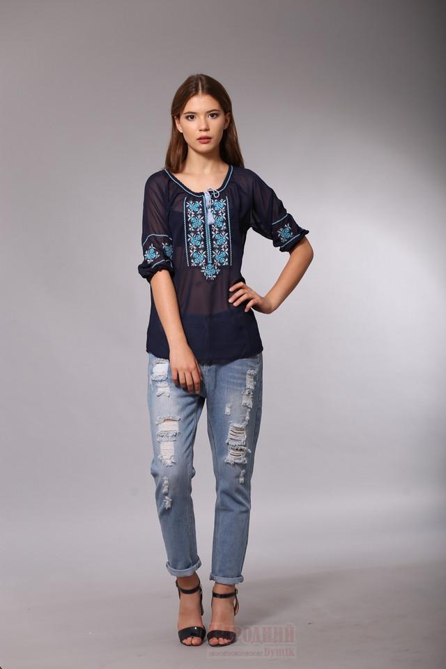 Блуза вышиванка из синего шифона