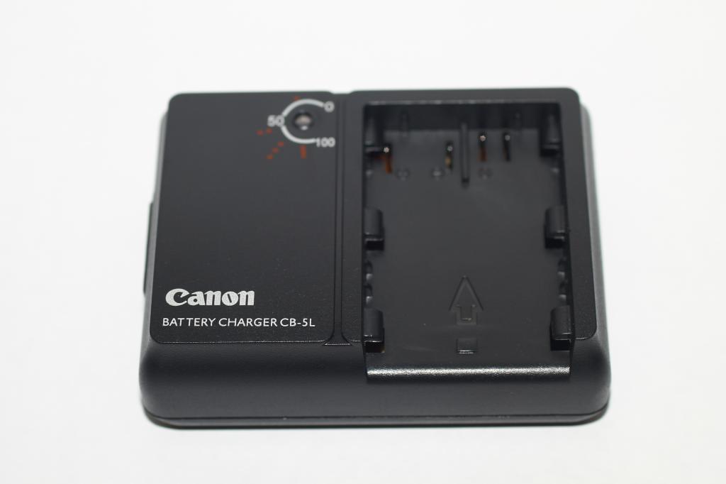 Зарядний пристрій Canon 10D
