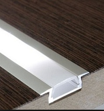 Врезной алюминиевый профиль для LED лент с рассеивателем