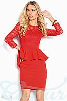 Коктейльное платье баска. Цвет красный.