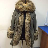 "Зимняя куртка-парка цвета хакки с красивой опушкой из канадского енота ""Adrienne"