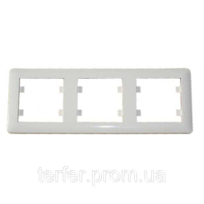 Рамка 3-кратная горизонтальная Lumina-2, белая