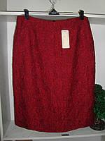 Женская юбка до колен бордового цвета