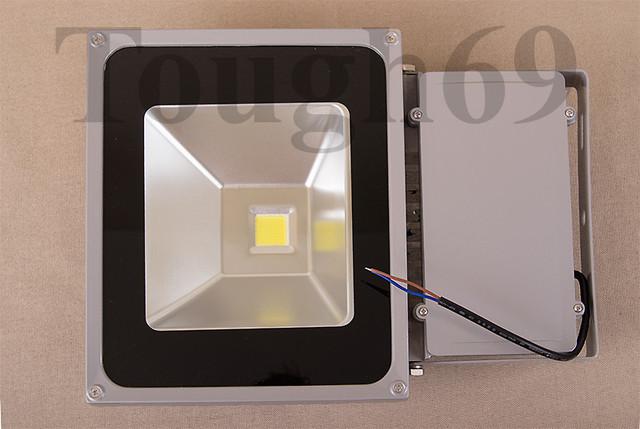LED Прожектор светодиодный 50Вт 220В IP65 220В тепло - белый