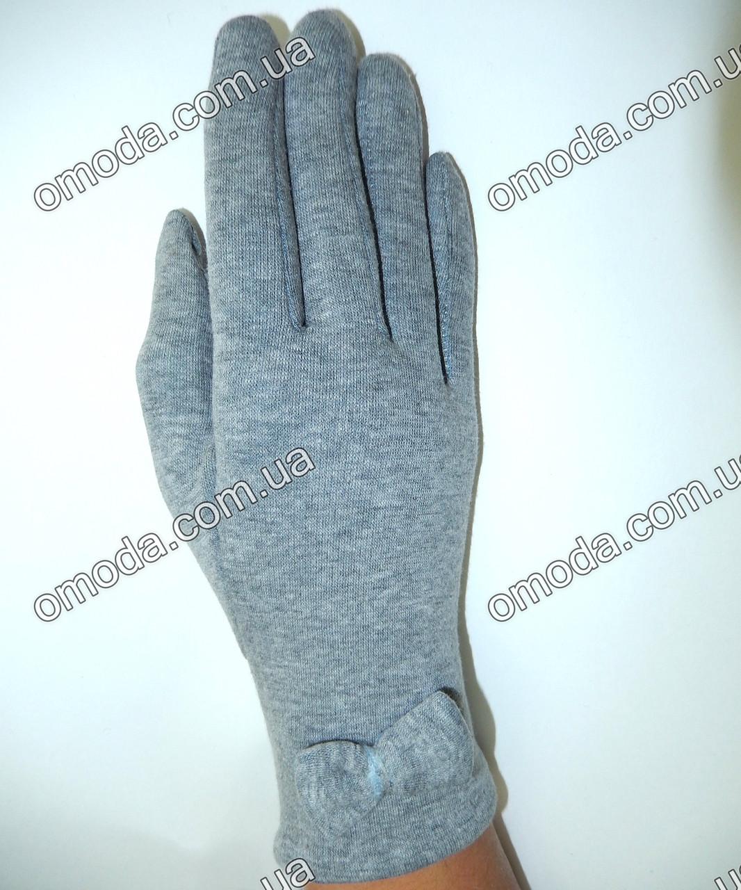 Зимние стрейчевые перчатки с бантиком серые