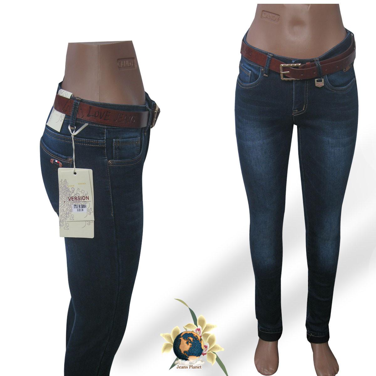ee3587a81e2 Джинсы женские тёплые зауженные Version синего цвета с чёрным ремнём - Jeans  Planet -джинсовая одежда