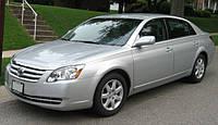 Лобовое стекло на Toyota Avalon 2005-12 г.в.