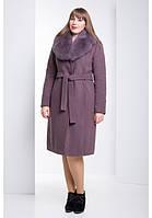 Красивое женское зимнее пальто с мехом в разных цветах