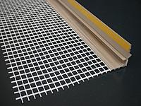 Профиль примыкающий оконный самоклеящийся ПВХ с сеткой 2,5М