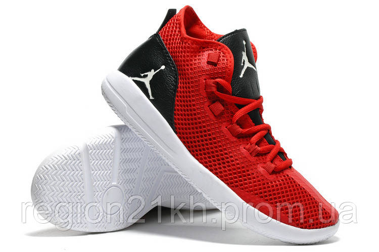 Баскетбольные кроссовки Nike Air Jordan Reveal Red