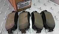 Задние тормозные колодки (оригинальные) на Nissan QASHQAI J11
