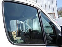 Скло дверей передніх (Стекло передней двери) Мерседес Спринтер 906