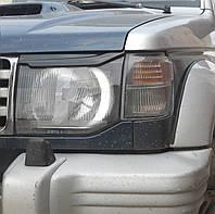 Реснички бровки тюнинг Mitsubishi Pajero Wagon 2