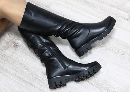Зимние сапожки кожаные черные на тракторной  подошве