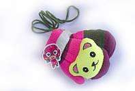 Варежки с детской игрушкой