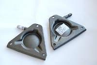 Кронштэйн крепления переднего стабилизатора (правый) VW LT 28-46 96-06 BSG60700079 BSG (Турция)