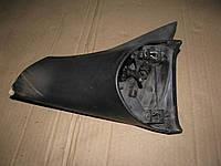 Крепление зеркала правого 008062349 Opel Corsa B (состояние как на фото)