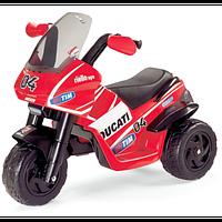 Детский мотоцикл DUCATI DESMOSEDICI  Peg Perego 6V
