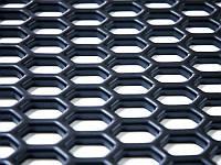 Сетка пластиковая для тюнинга 100x19 см