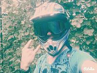 Андрій в кросових окулярах Motorace HE-02