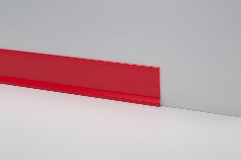 Плинтус пластиковый красный (клеющийся) 9х70 мм