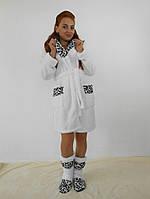 Домашний белый (с леопардовыми вставками) женский махровый комплект: халат+сапожки для дома. Арт-4801