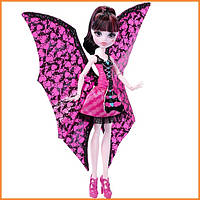 Кукла Монстр Хай Дракулаура Monster High Draculaura Ghoul-to-Bat Transformation