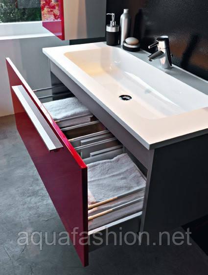 Мебель для ванной комнаты Kolpa San красная