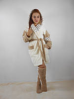 Женский домашний бежевый с белыми вставками махровый комплект: халат+сапожки для дома. Арт-4807