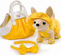 Собачка ЧиЧиЛав Чихуахуа с сумочкой