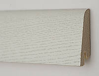 Плинтус белый напольный Дуб Зимний профиль Рустик 60х19х2200 мм., деревянный шпонированный