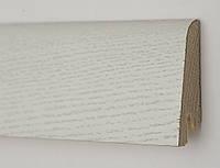 Плинтус из дерева белый напольный 60х19х2200мм., покрыт шпоном Дуб зимний
