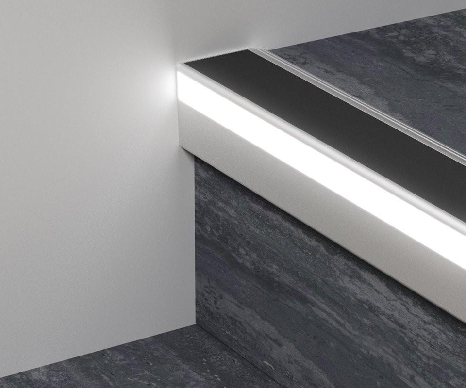 Профиль 126/L/F для защиты ступеней с LED подсветкой