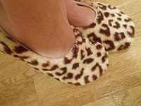 Домашние женские леопардовые махровые тапочки с бантиком. Арт-4835