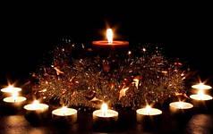 Свечи, холодные фонтаны
