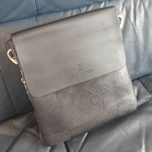 6defa81dca14 Модная сумка Louis Vuitton. Кожаная сумка. Дизайнерская мужская сумка через  плече. Классная сумка