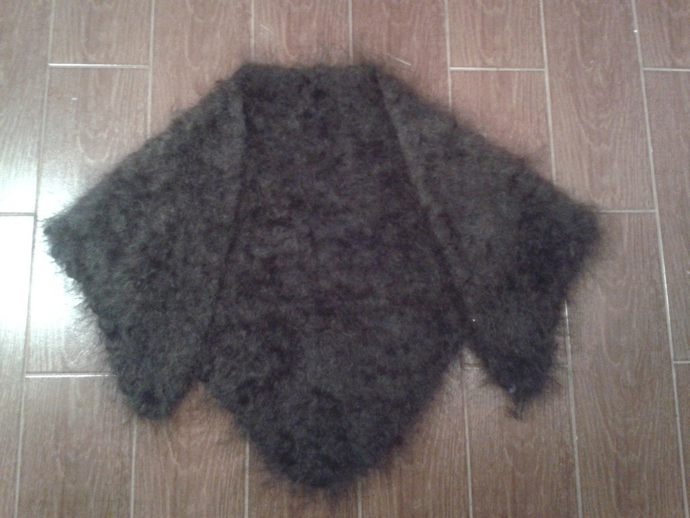 Хустина чорна пухова тепла  продажа 230958d40ac1b